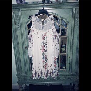 Dresses & Skirts - Floral cold shoulder sleeved dress